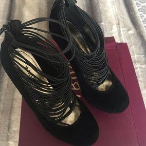 Black platform heels-Size 5.5